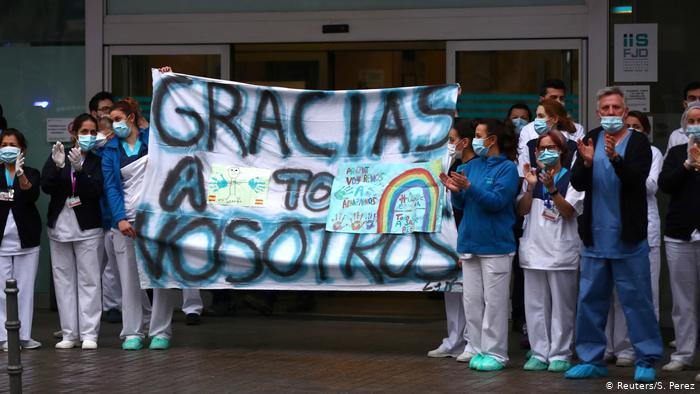 España logra el mayor descenso de muertes y contagios por coronavirus