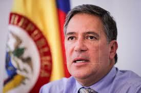 Renuncia embajador de Colombia en Uruguay vinculado a laboratorio de cocaína