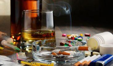 Habilitan consulta telefónica para usuarios con problemas de alcohol y drogas