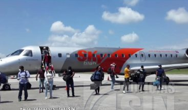 Retornan 94 dominicanos que se encontraban varados en Jamaica