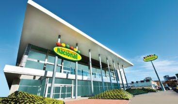 Supermercados Nacional y Jumbo abren horario exclusivo para personal médico
