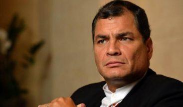 Correa condenado a 8 años de cárcel por cohecho y pierde derechos políticos