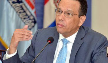 Ministro de Educación dice es incierto el inicio del año escolar