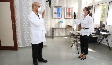 Juramentan nuevo director HospitalGeneral Dr. Vinicio Calventi