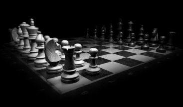 Jaque mate al COVID-19: una 'app' para jugar ajedrez en línea