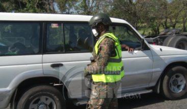 Ejército retiene vehículos que van hacia la zona Norte del país