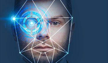 Fabricante de smartphone crea sistema de reconocimiento facial con mascarilla