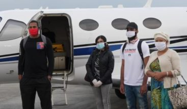 Llegan al país basquetbolistas que estaban varados en El Salvador, traídos por Gonzalo
