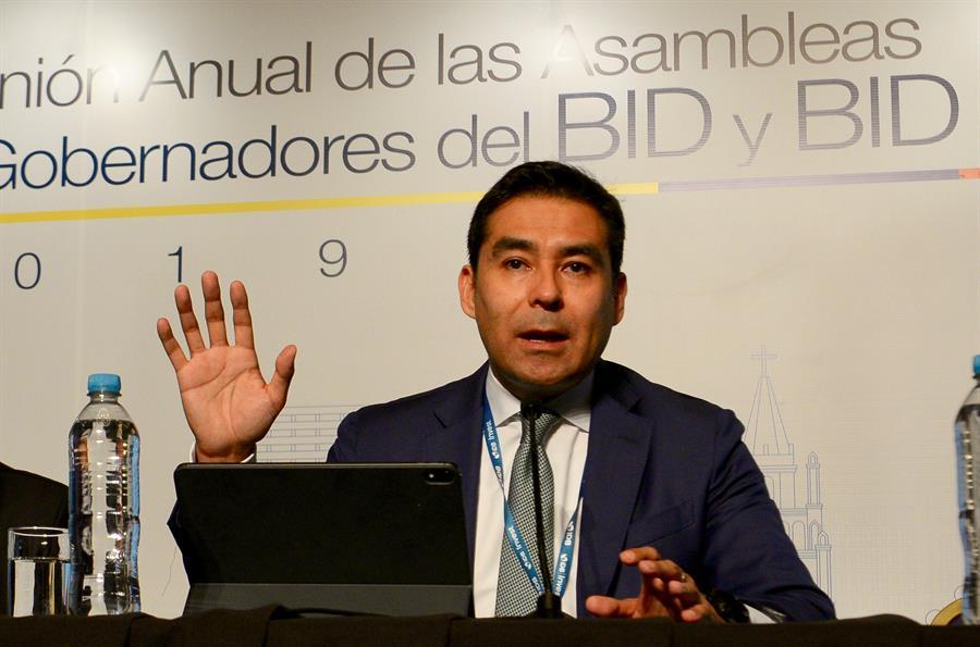 Latinoamérica se contraerá entre un 1,8 y un 5,5 % en 2020 por el coronavirus