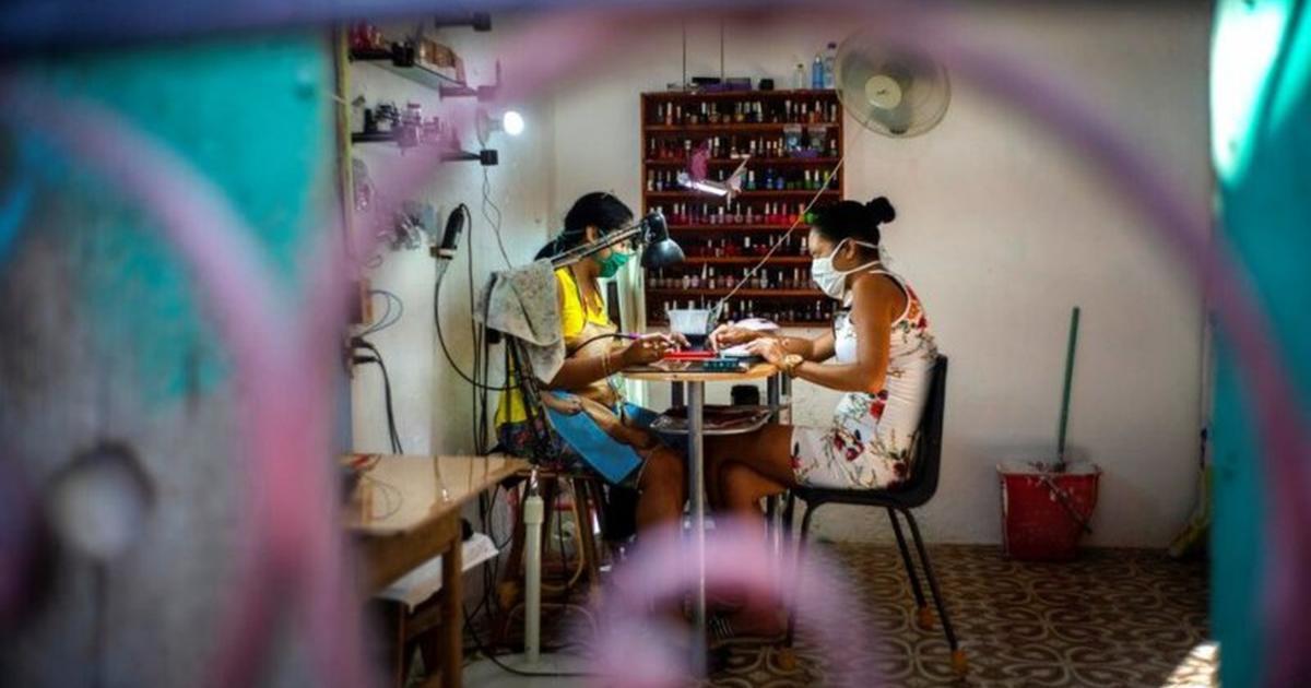 Cuba eleva a 320 los confirmados con COVID-19 y a 8 los fallecidos