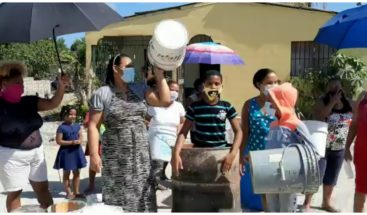 Residentes en La Caleta denuncia falta de agua