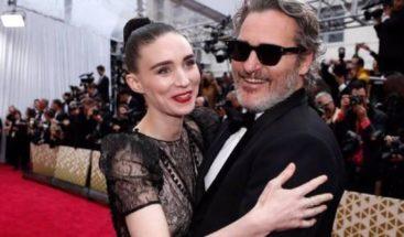 Joaquin Phoenix y Rooney Mara esperan su primer hijo