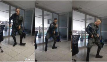 Soldado hondureño con baja deshonrosa por bailar