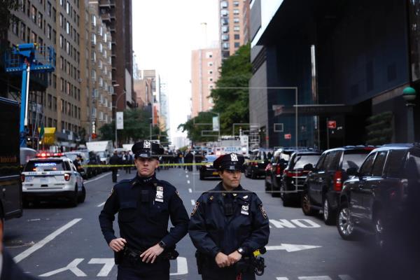 Policía de Nueva York aconseja sancionar a agentes por detención violenta