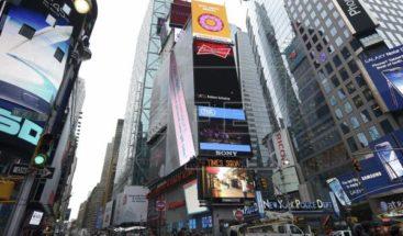 Un 'apagón' en Times Square denuncia la precariedad de la hostelería en EE.UU
