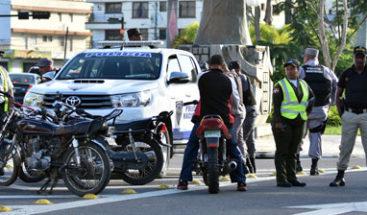 Aumentan operativos en SFM para restringir desplazamiento de vehículos y personas