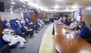 JCE sostiene reunión con delegados técnicos para elecciones en el exterior 
