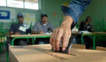 Dominicanos en Puerto Rico acuden de manera masiva a las urnas