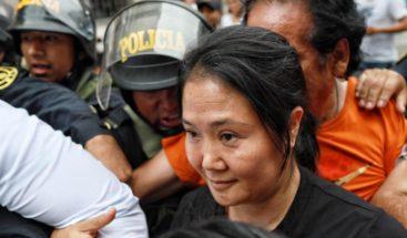 Keiko Fujimori sale en libertad bajo fianza y se somete a prueba del Covid19