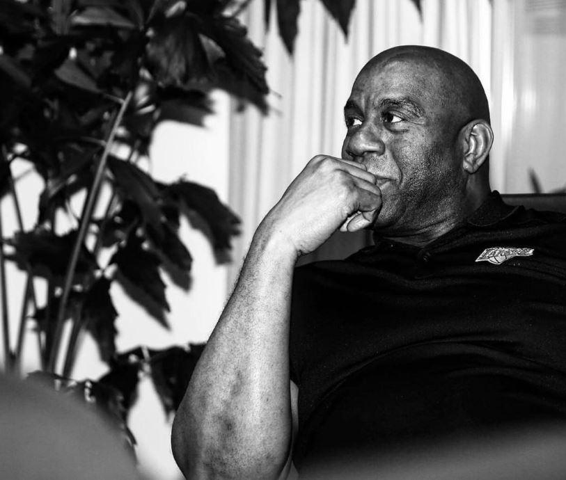 Magic Johnson se suma a la ola de rechazo por la muerte de George Floyd