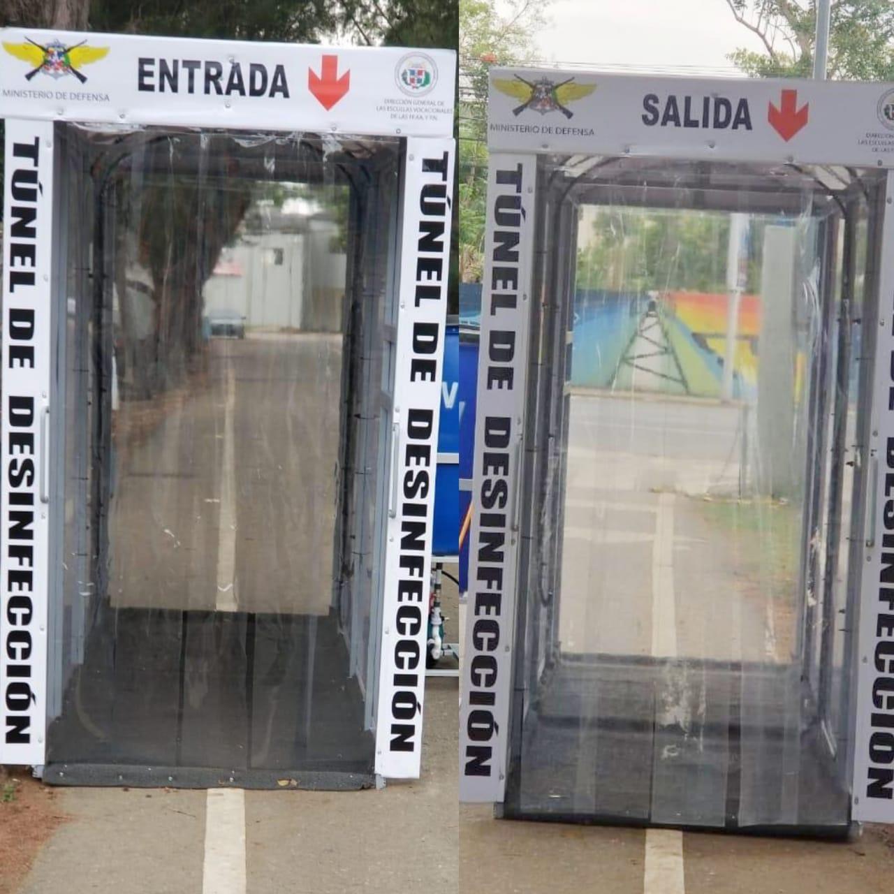 Instalan túnel de sanitizante en la Dirección Regional Cibao Central