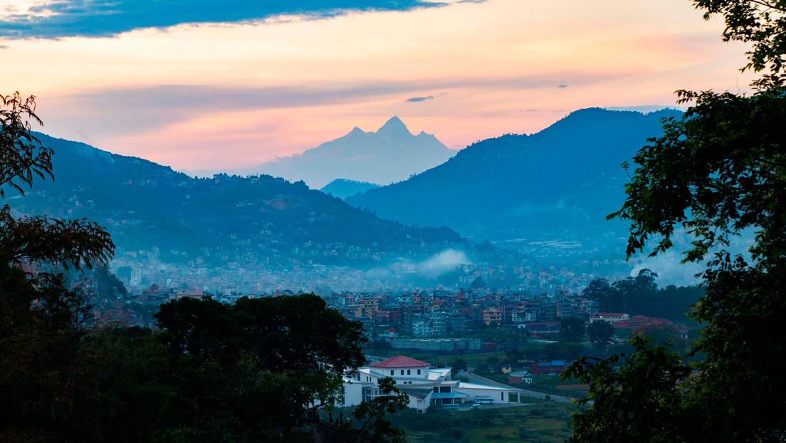 Descenso de la contaminación por COVID-19 permite visualizar el Monte Everest