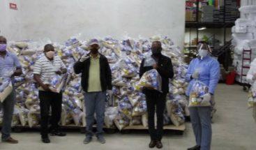 PRM entrega productos alimenticios en SDN
