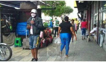 Avenida Duarte luce concurrida en segundo día de reapertura gradual