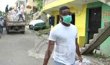Albert Pujols sigue impactando en los más necesitados en medio de pandemia