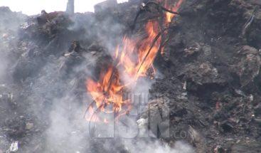 Expansión de fuego en Duquesa provoca desesperación en moradores