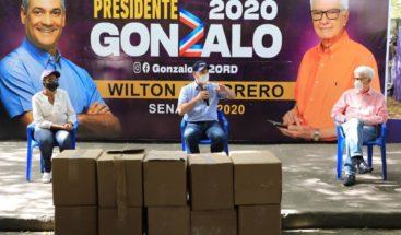 Gonzalo Castillo dona 55,000 mascarillas en Azua, Baní y San Cristóbal