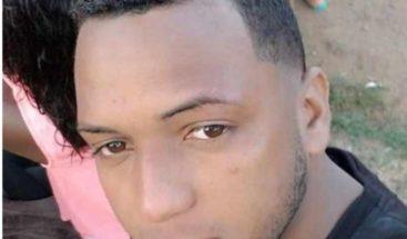Hallan cadáver de un taxista reportado desaparecido en Santiago