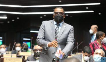 Diputado Pedro Botello protagoniza incidente en la Cámara de Diputados