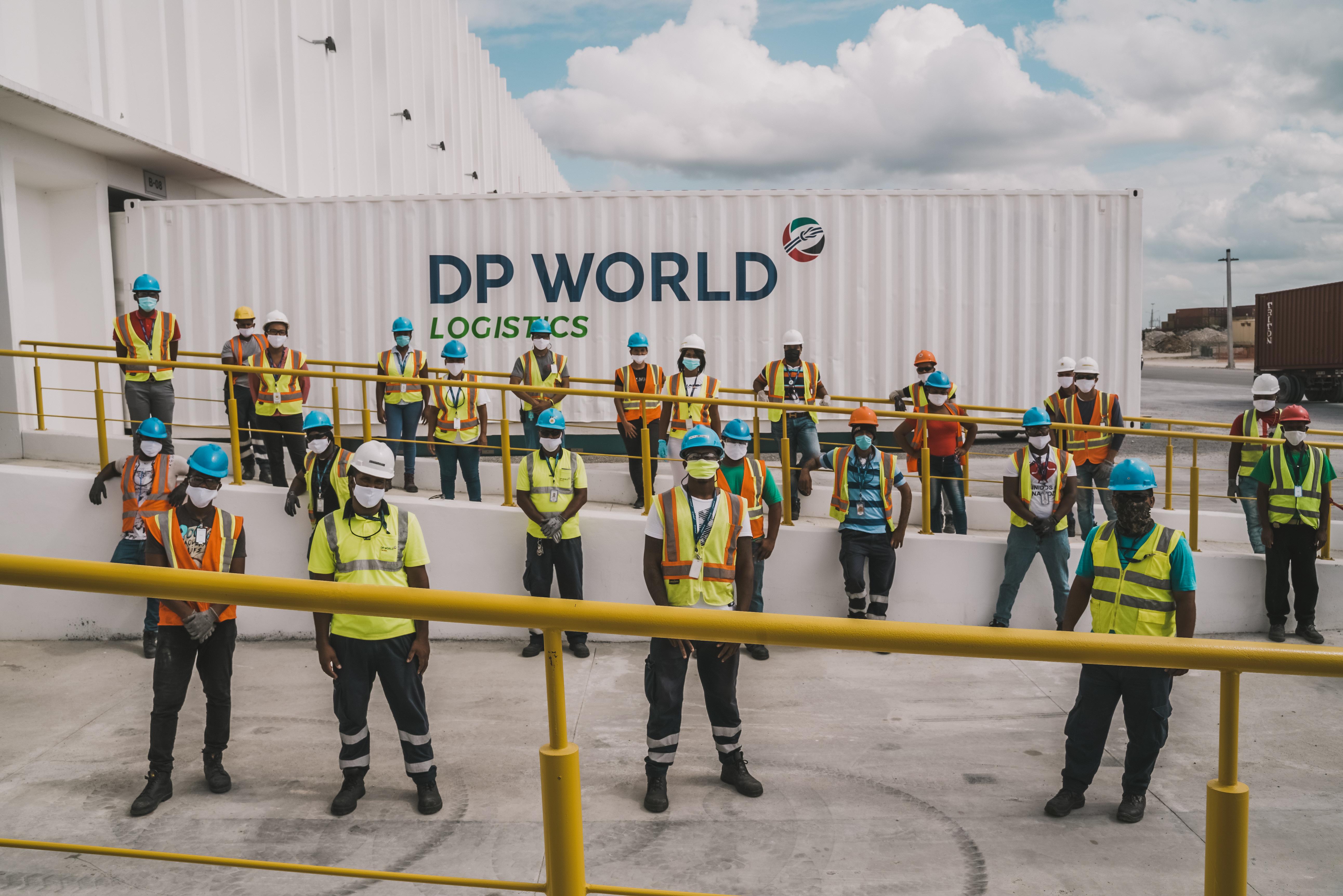 DP World Caucedo desarrolla programa solidario en el municipio de Boca Chica