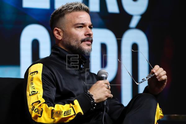 Pedro Capó ofrecerá concierto virtual en celebración del Día de las Madres