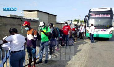 Cientos de haitianos retornan a su país por Dajabón