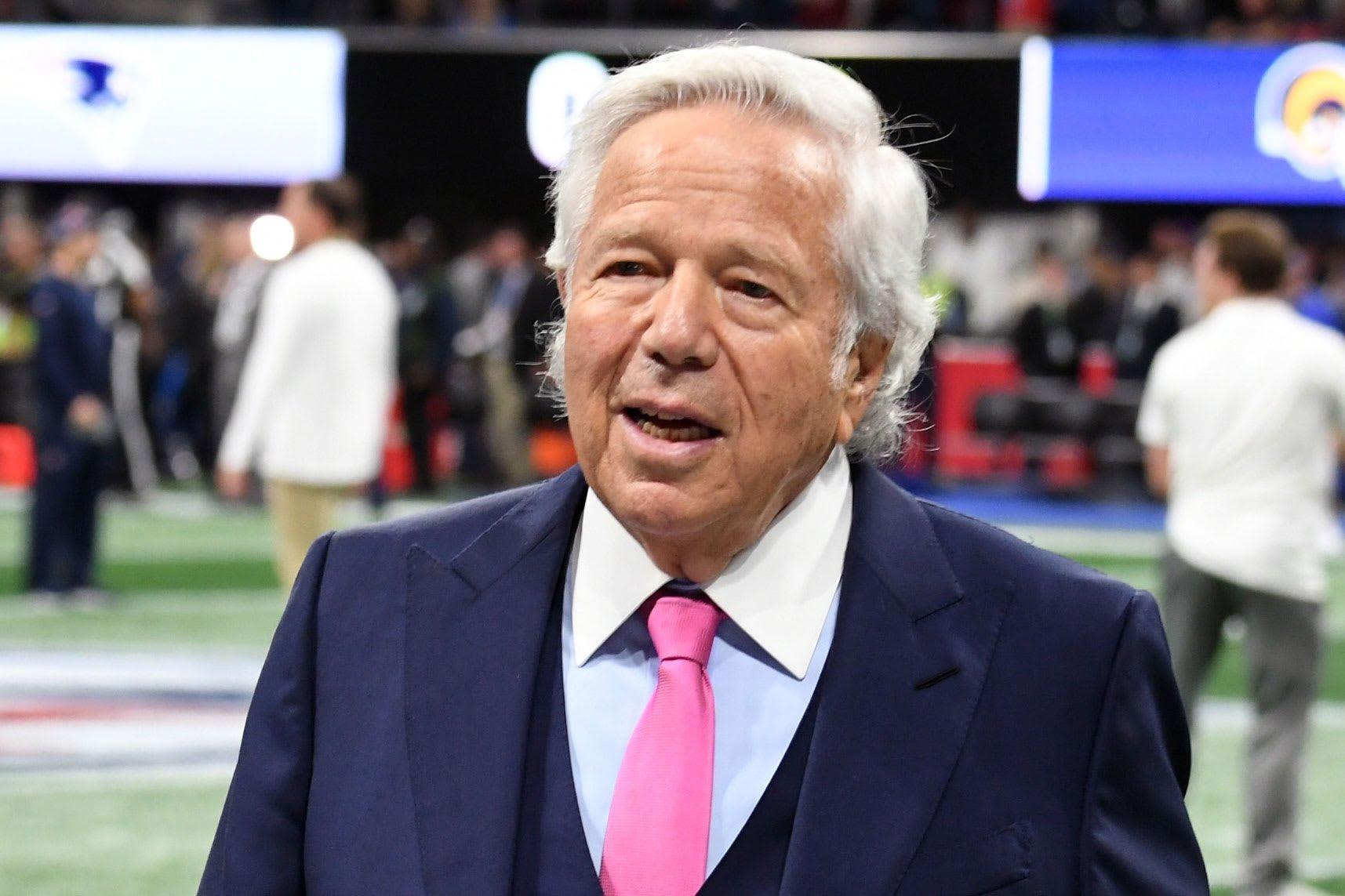 Propietario de los Patriots pone a subasta su anillo de Super Bowl