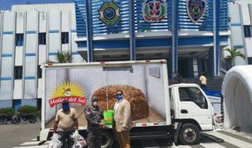 Policías afectados por COVID- 19 reciben donaciones
