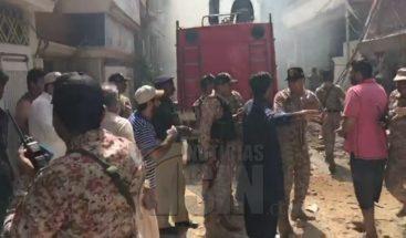 Al menos ocho muertos en el accidente de un avión de pasajeros en Pakistán