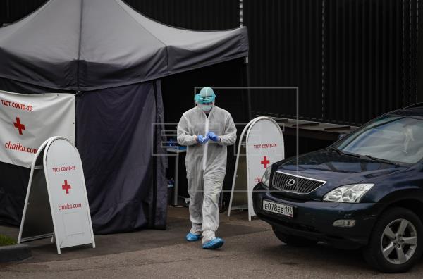 Rusia registra casi 9.000 nuevos casos y récord de fallecidos, 174, en un día