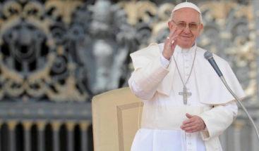 El papa reconoce milagro atribuido a sacerdote de EEUU