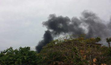 Residentes en Sosúa preocupados por humareda en basurero municipal