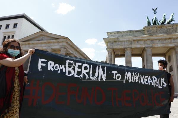 Las manifestaciones por la muerte de George Floyd se extienden a Europa