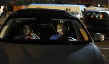 Primer estreno de una película en un autocine en Irán desde la revolución