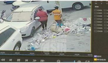 Denuncian asalto a plena luz del día en la Duarte