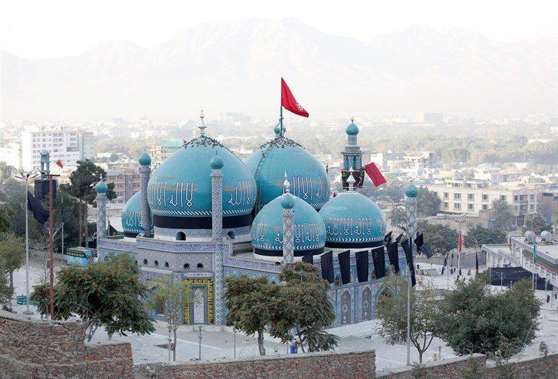 Muere reconocido religioso afgano en un atentado a una mezquita en Kabul