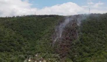Denuncian quema de árboles en Loma de Guagüí en La Vega