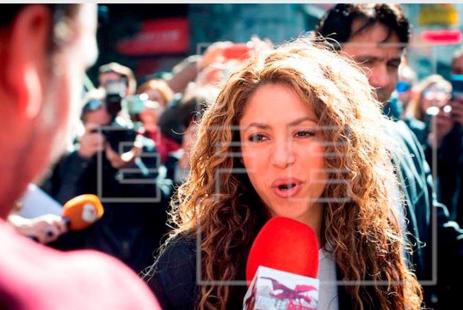 Fans defienden a Shakira de las
