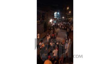 Denuncian violación del toque de queda en Villa Duarte