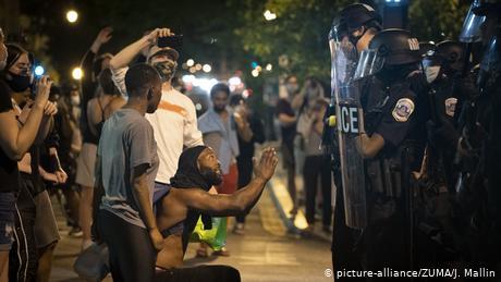 Nueva York amanece con más de 700 arrestos y zonas arrasadas por los saqueos